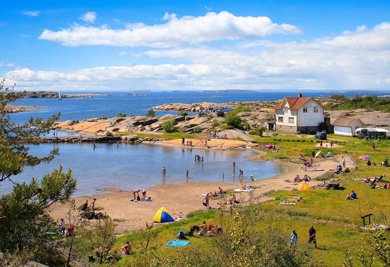 Fredrikstad`s    BEACH LIFE