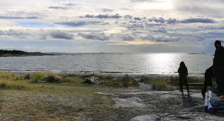 Storesand Beach