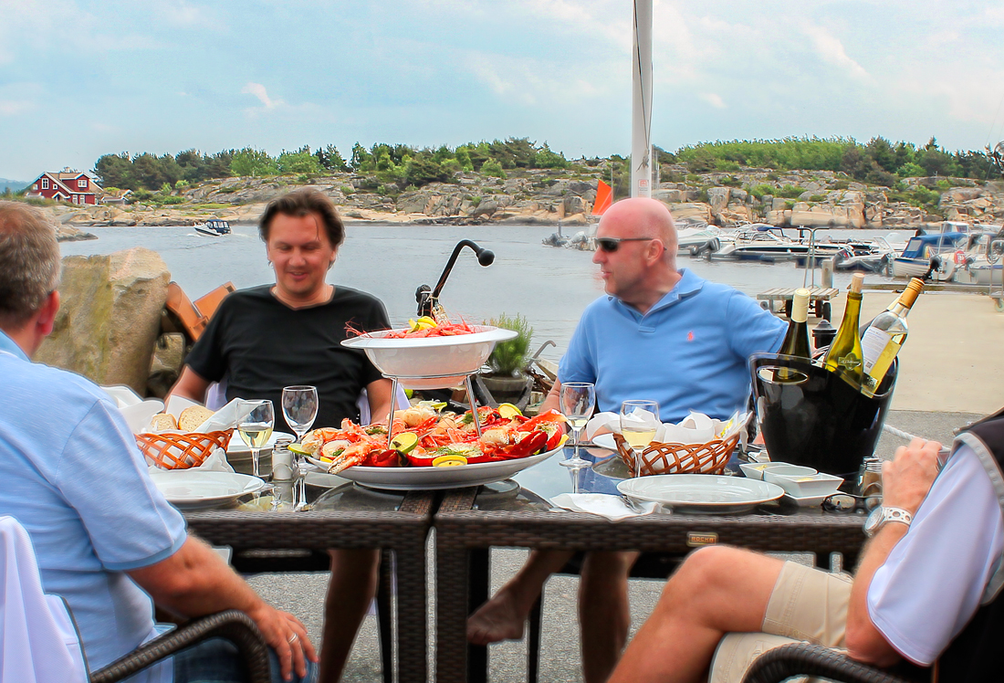 Amazing surroundings     It's something quite special to be able to enjoy seafood right next to where it was unloaded. The next time you're out on Hvaler; bring your friends or family to the fish shop in Utgårdskilen or at Skjærhalden. It is guaranteed to be a success and something your party will take with them as a cherished memento of Hvaler.