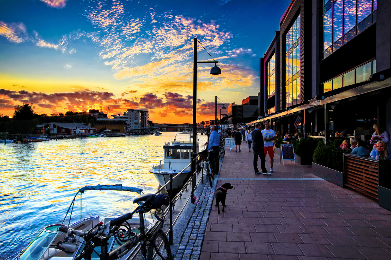 Trend-setting restaurants and vibrant nightclubs next to idyllic archipelago.