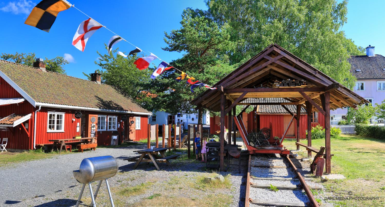 Son Coastal Culture Center