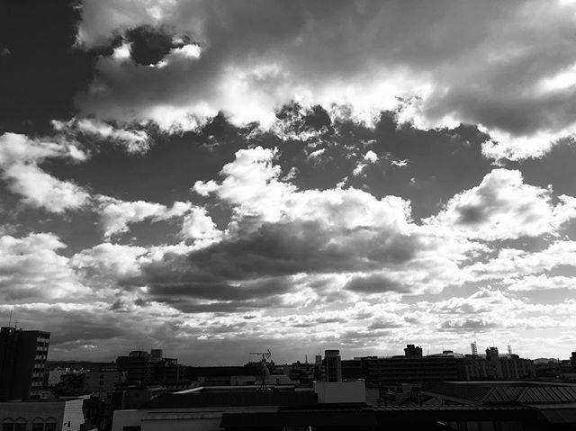 #japan you're a pretty rad place. . . . . . . . . . . #kyoto #kyotojapan #bw #blackandwhite #clouds #nature #landscape