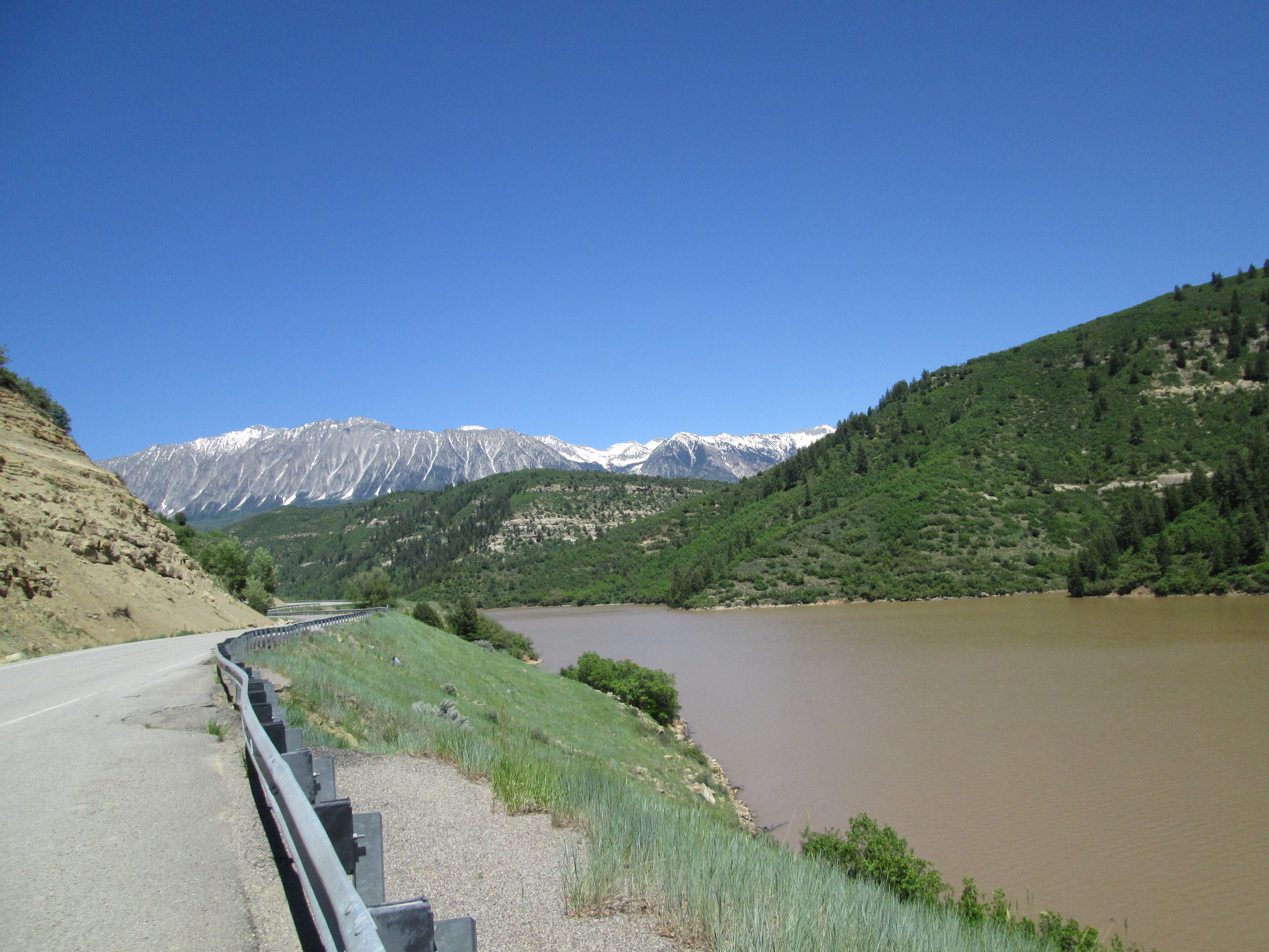 As usual, Paonia Reservoir had very rapidly filled, having been a mere puddle on April 26. Some lingering snowpack remained on the west aspects of the Ragged Mountains, in the distance.