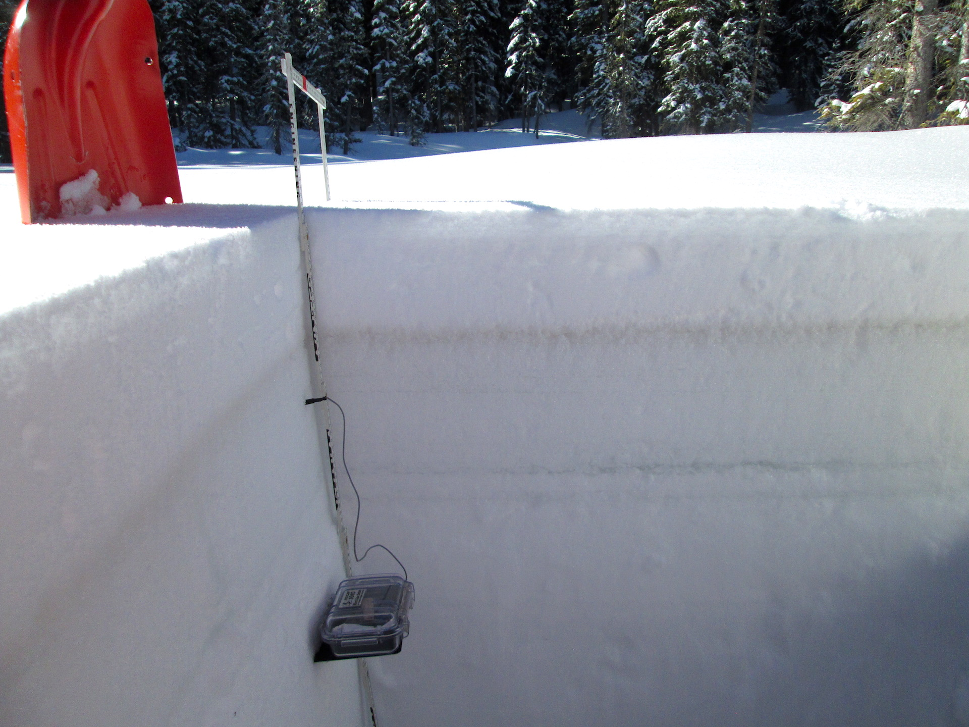 "Dust layer D3-WY2015 at the Rabbit Ears Pass CODOS site on April 21, 2015 perhaps merged with layer D2, some 6"" below the snowpack surface, underneath recent new snow.  Thick, very tough layers of melt/freeze snow laminated between several layers of clear ice comprised the next 16"" of the snowpack."