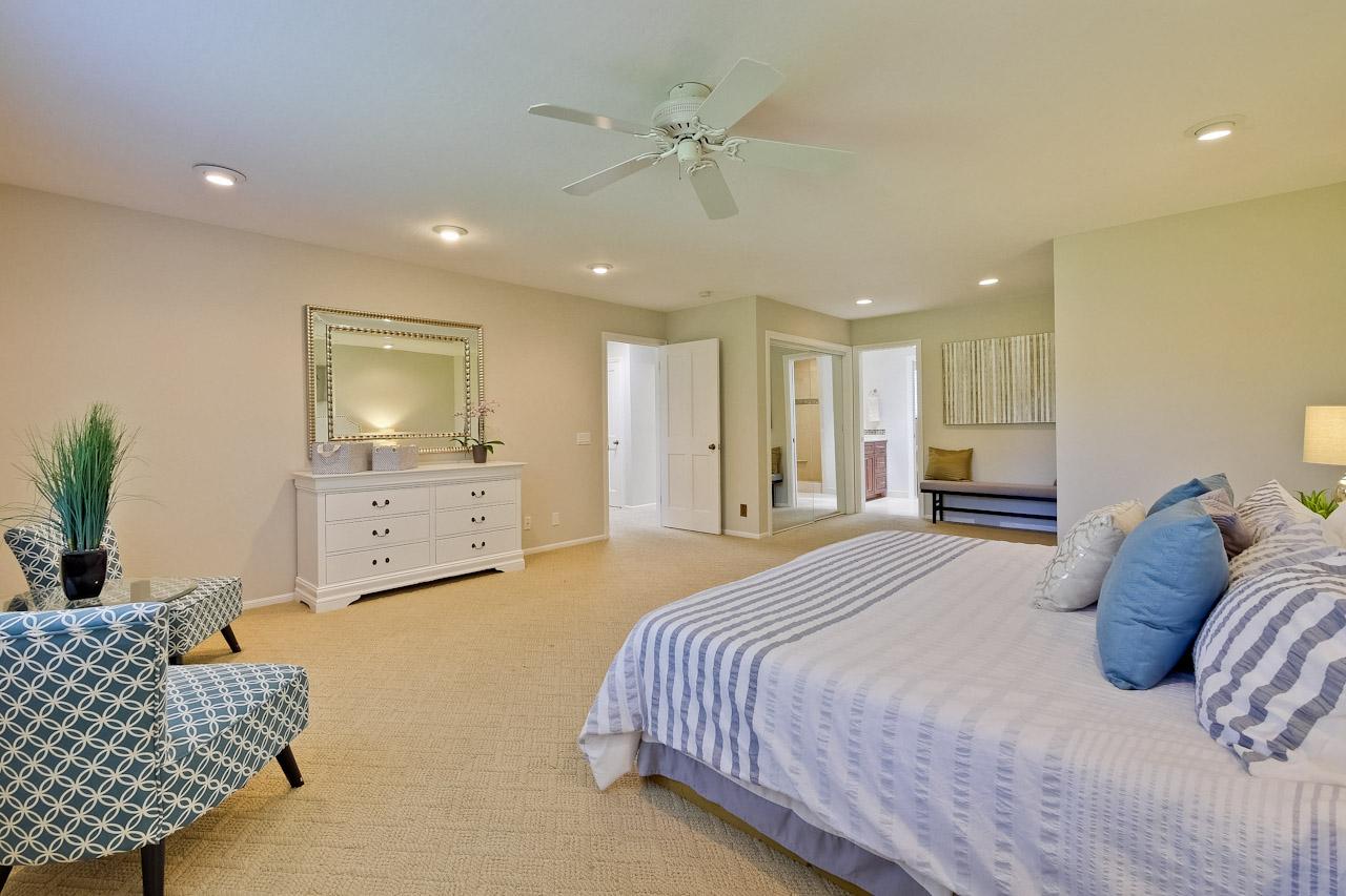 Master Bedroom      3_mls.jpg