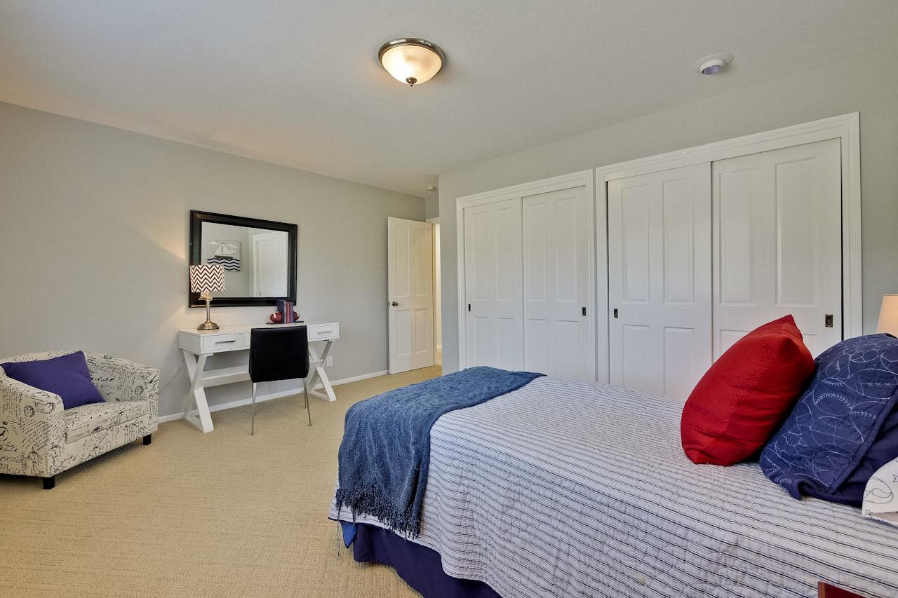 Bedroom      11_mls.jpg