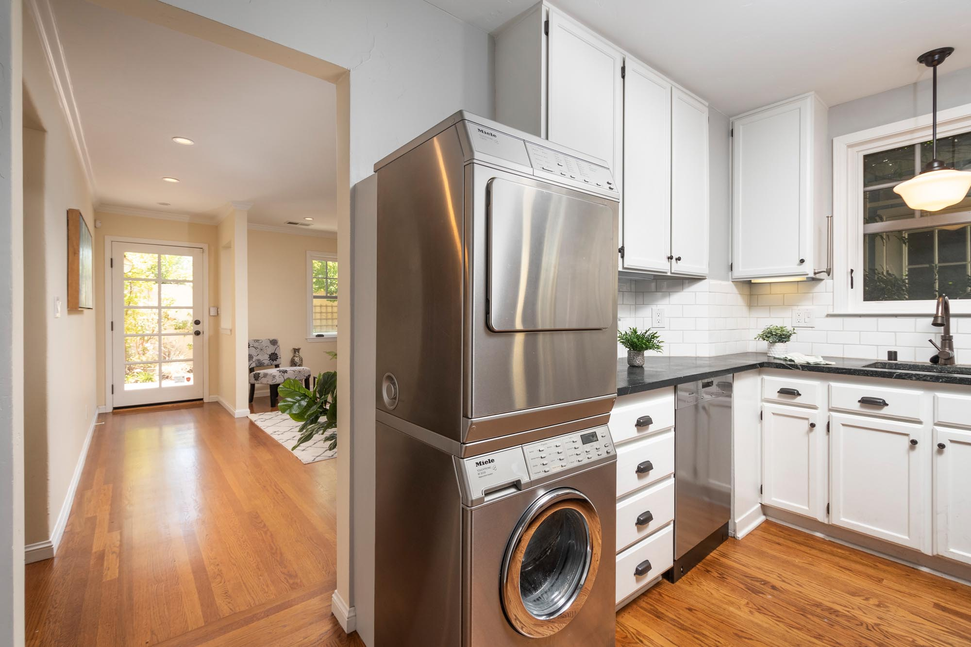 Kitchen and Laundry.jpg