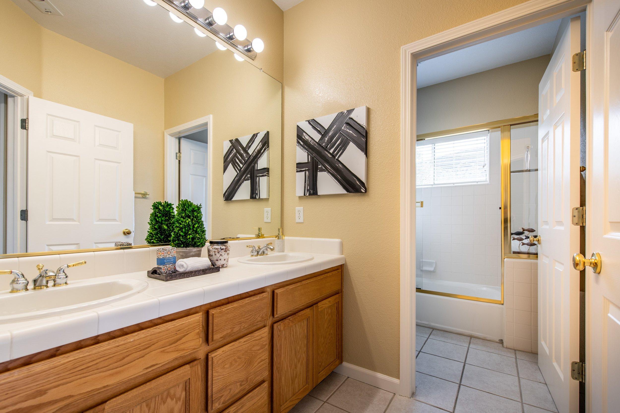 023_Hall Bathroom .jpg
