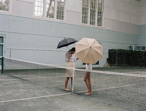 umbrellas + tennis | via: bekuh b.