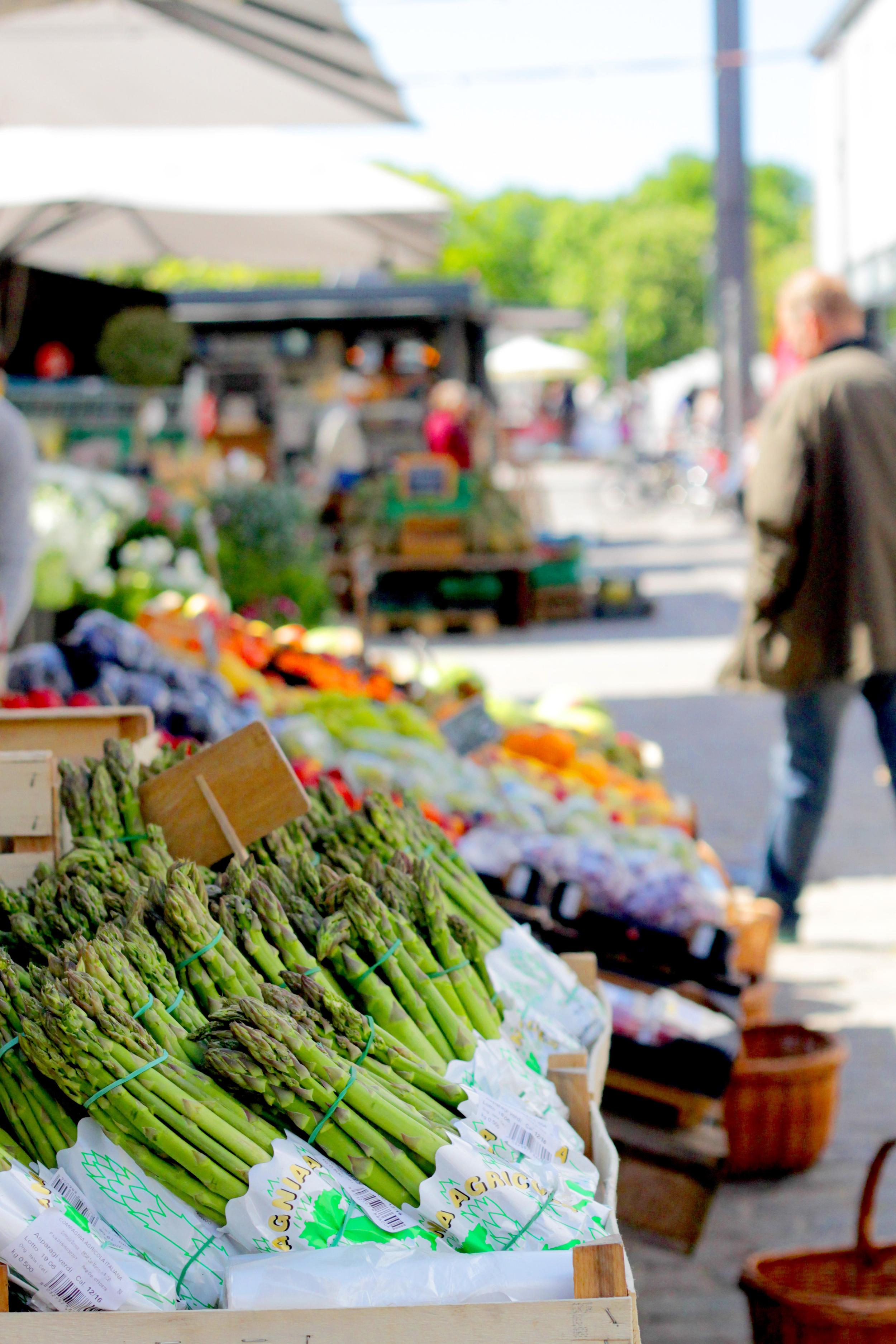 torvehallerne food market, copenhagen | via: bekuh b.