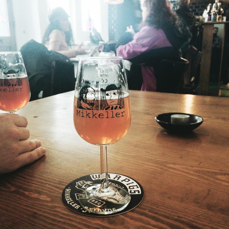 mikkeller bar, copenhagen | via: bekuh b.
