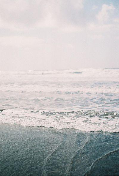 oceanside dreaming | photo by francesca tp | image via: bekuh b.