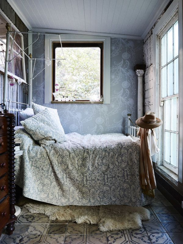 vintage french bedroom inspiration | image via: bekuh b.