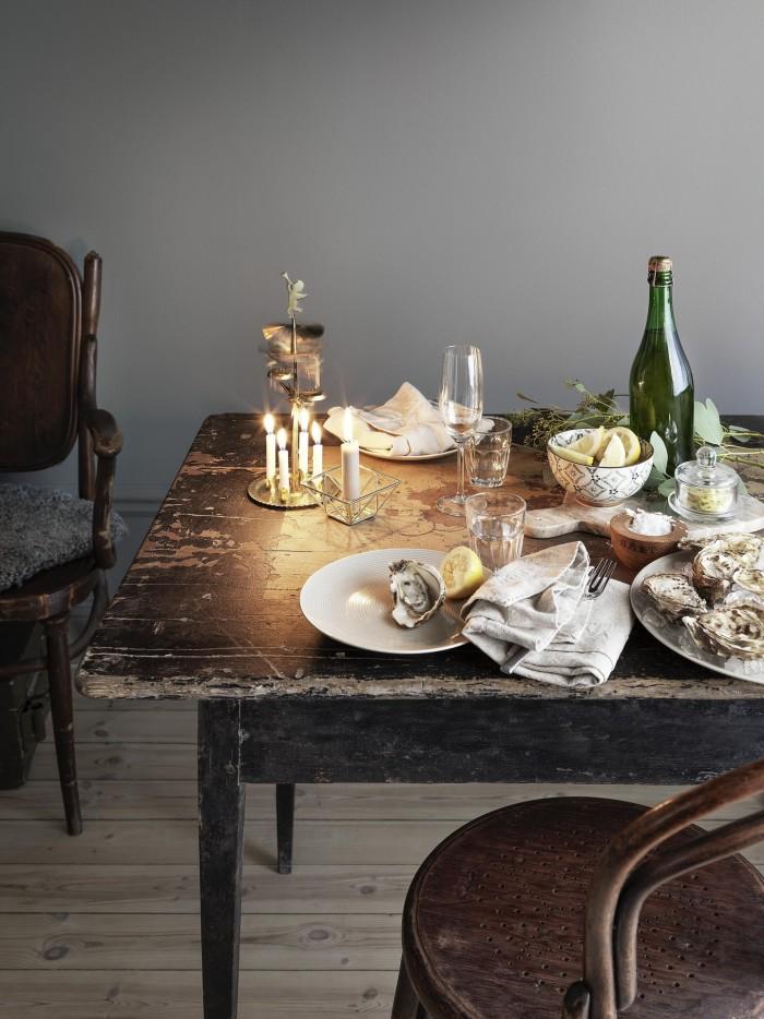 intimate winter table | image via: bekuh b.
