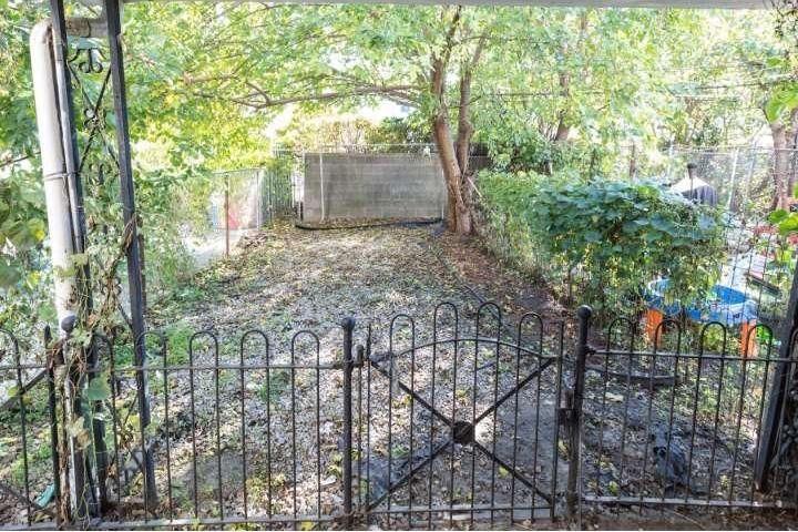 chatham st. house backyard | via: bekuh b.