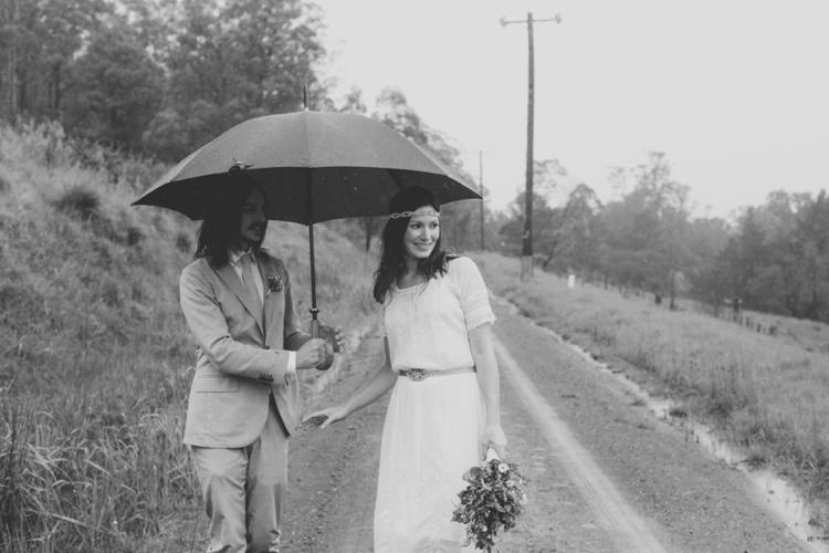 larahotzphotography_indie_wedding_kangeroo_valley_0074.jpg