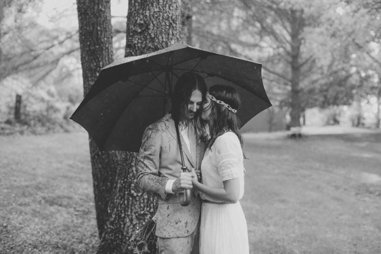 larahotzphotography_indie_wedding_kangeroo_valley_0103.jpg