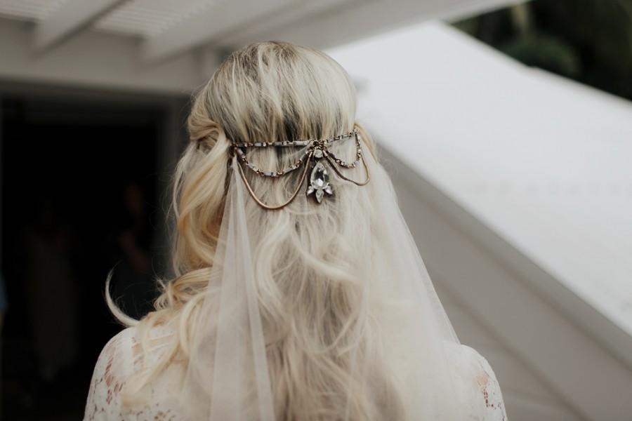 boho-tipi-wedding-sheraton-port-douglas-oli-sansom-07-900x0-c-default.jpg
