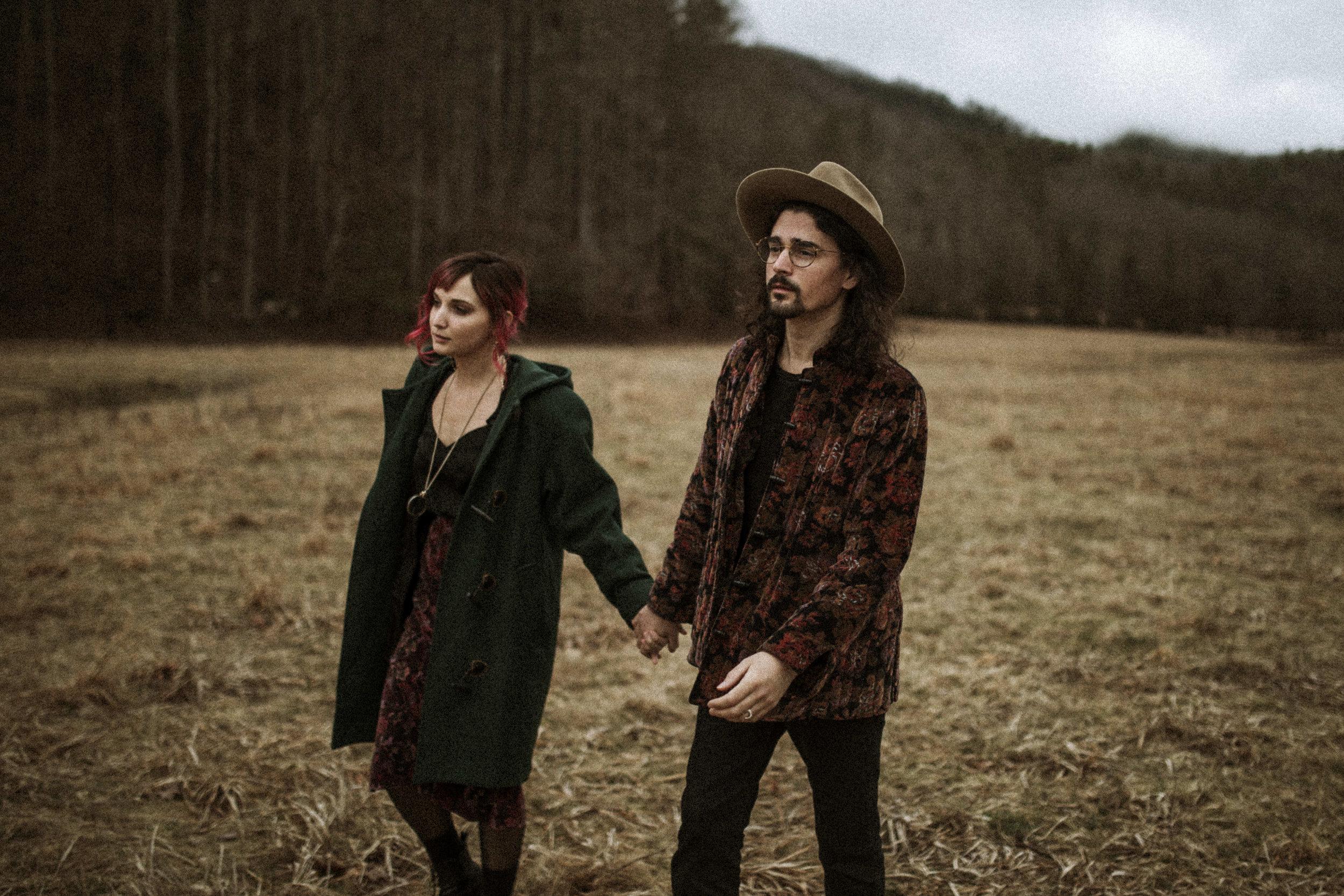 blue-ridge-mountains-couple-photographer-02.jpg