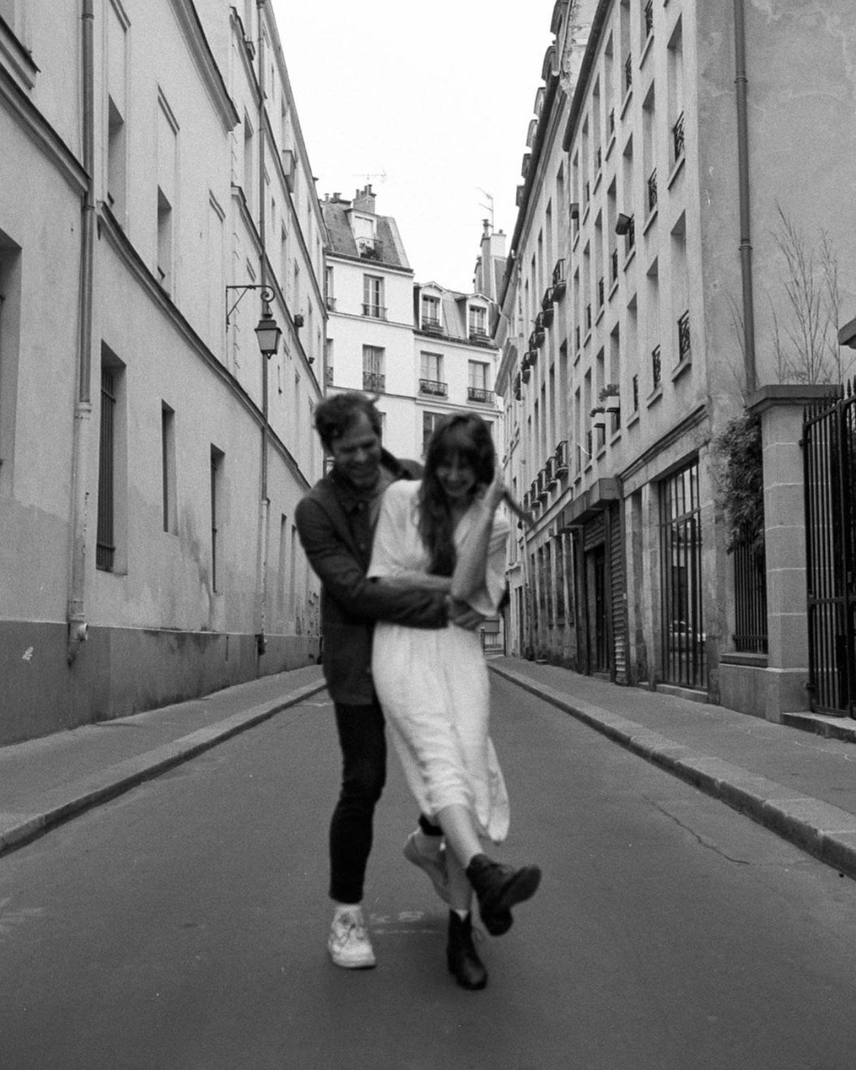 Phil-Chester-Sara-Byrne-Paris-Elopement-06.jpg