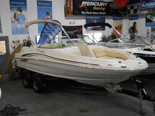 2001 SeaRay 190 Sundeck