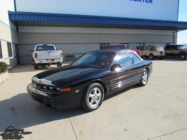 1993 Oldsmobile Cutlass Supreme SL Convertible