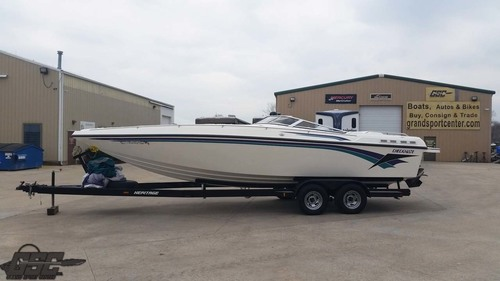 2001 CHECKMATE 270 MID CABIN