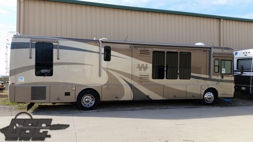 2005 WINNEBAGO JOURNEY 39F CLASS A