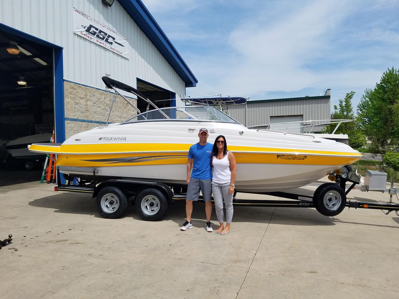 2008 Four Winns 224 Funship Deckboat