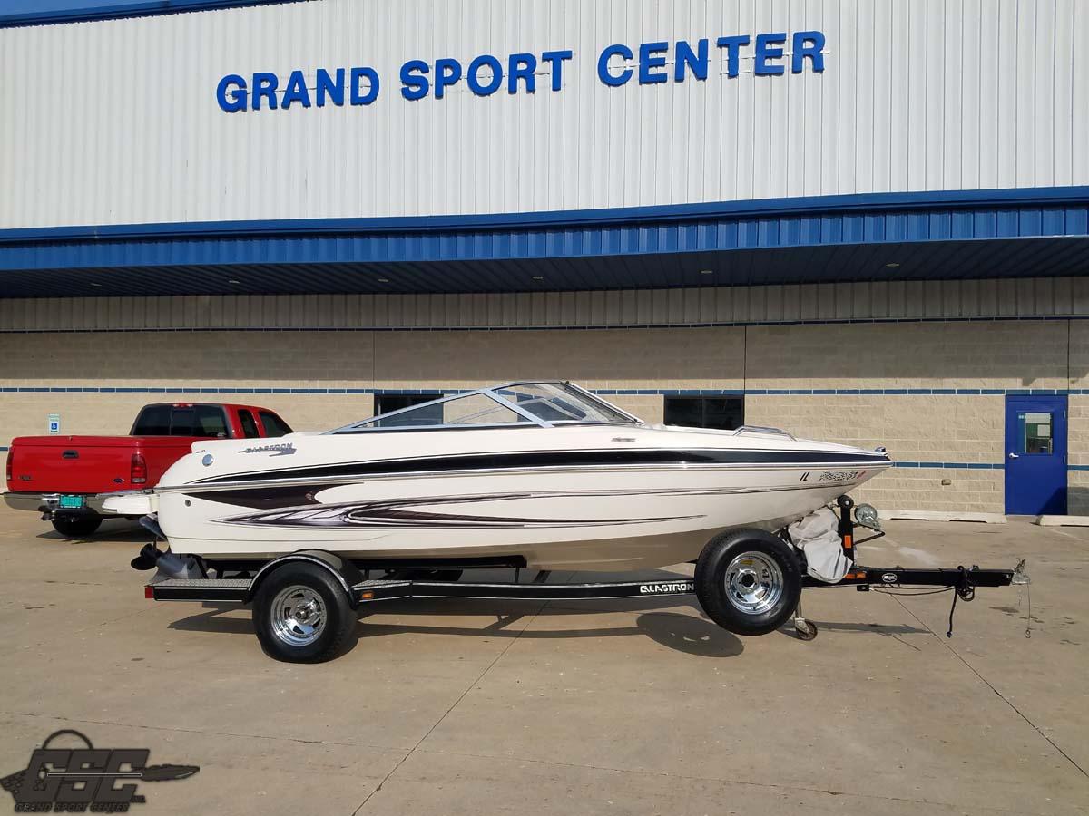 2009 Glastron 185 GT Bowrider