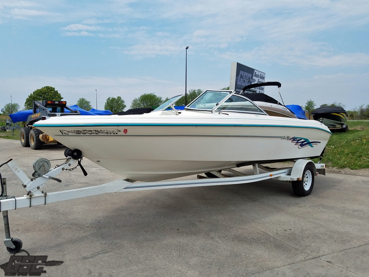 1995 SEARAY 195 FIVE SERIES OPEN BOW