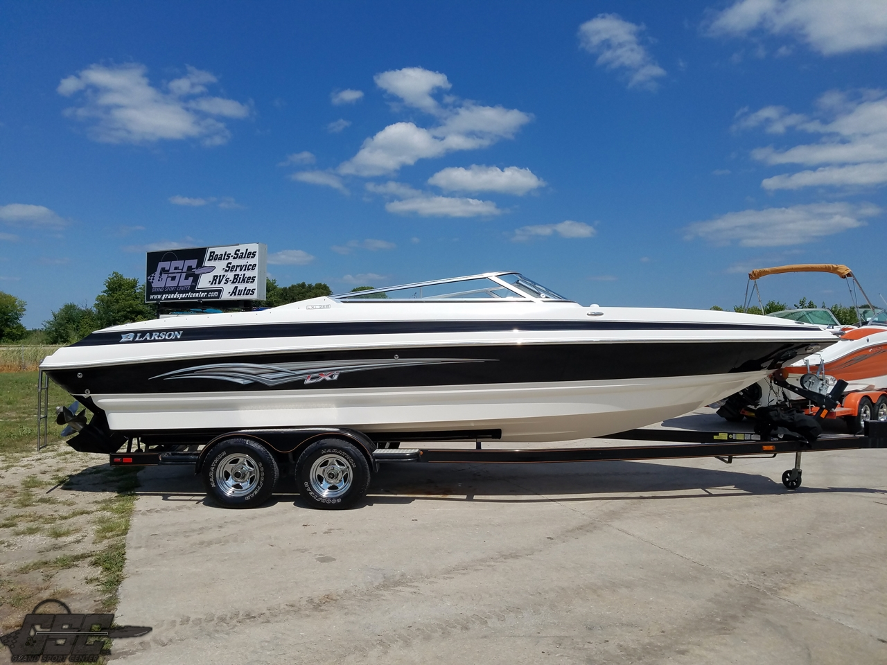 2007 Larson 268LXi Open Bow