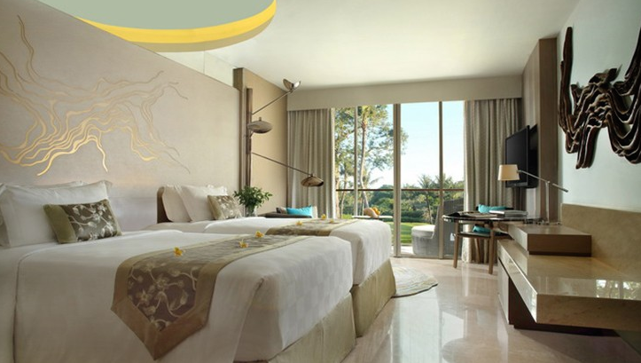 Rooms, each with theirown unique driftwood sourced from nearby shores and carved by local artisans.