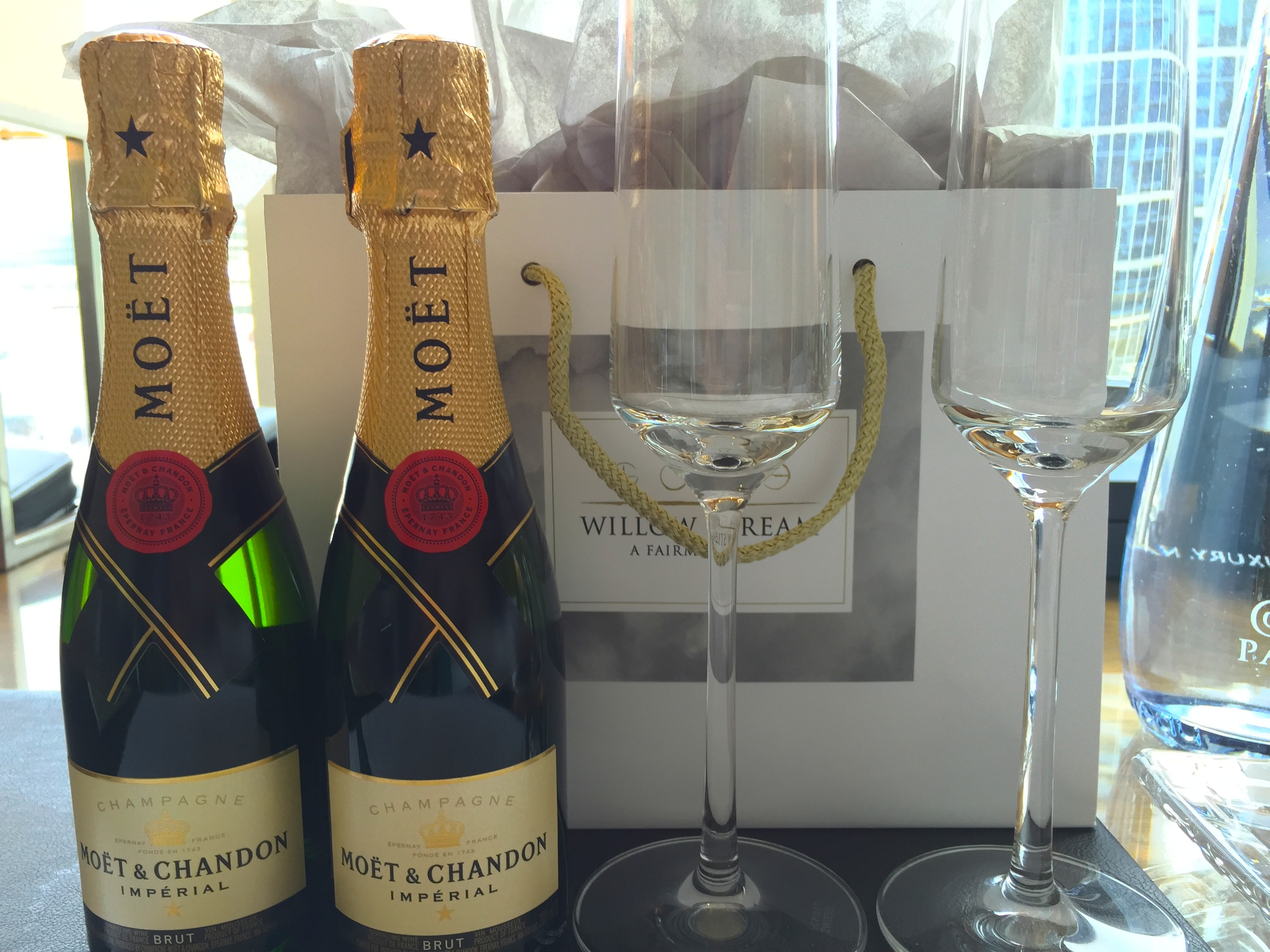 Dear Moët & Chandon, thank you for being one of the race sponsors. Sincerely, the Champagne-loving Trip Stylers.