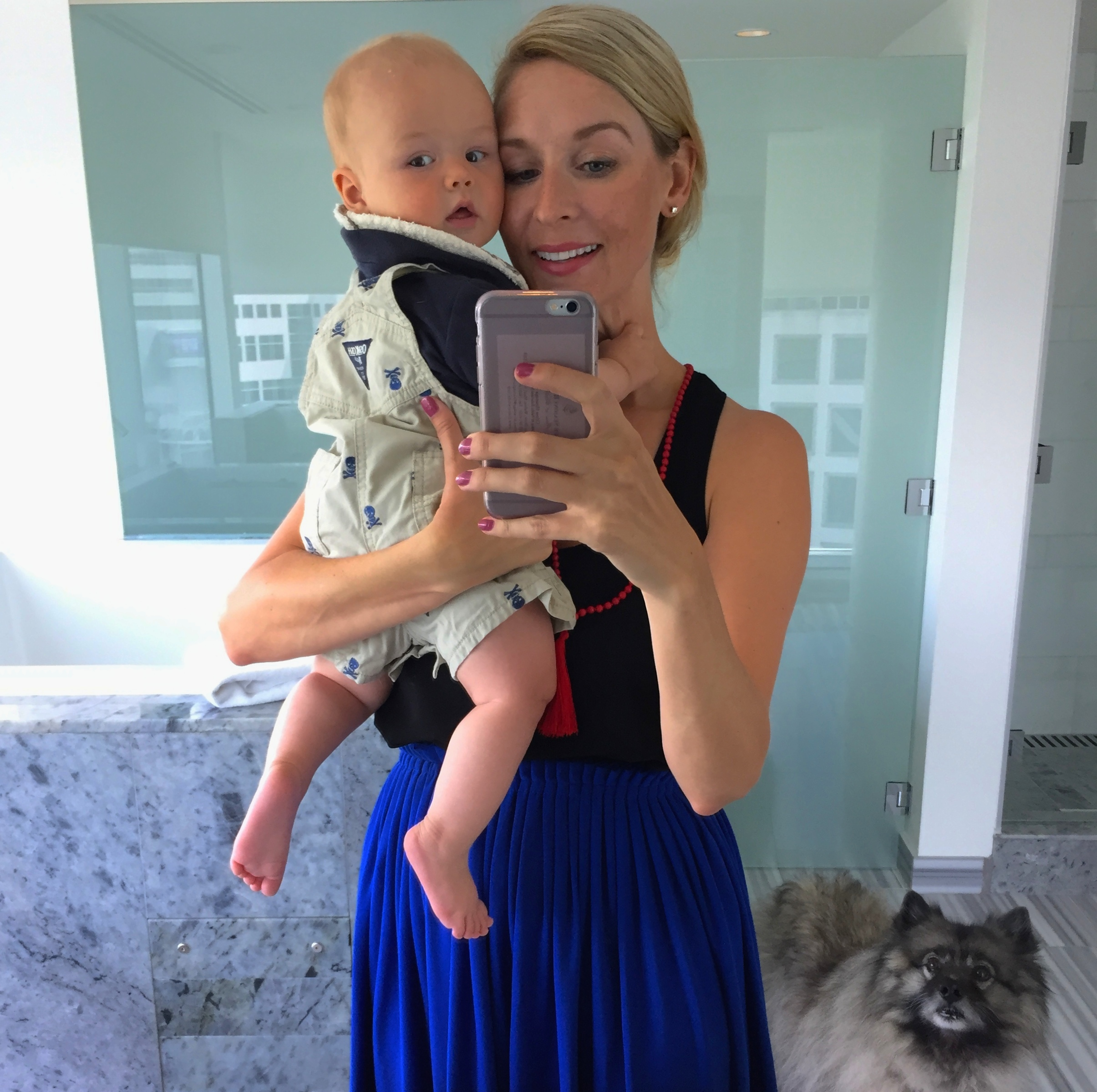 Bathroom selfie withBaby and Dog Styler. Note the hotel's pet-friendliness!