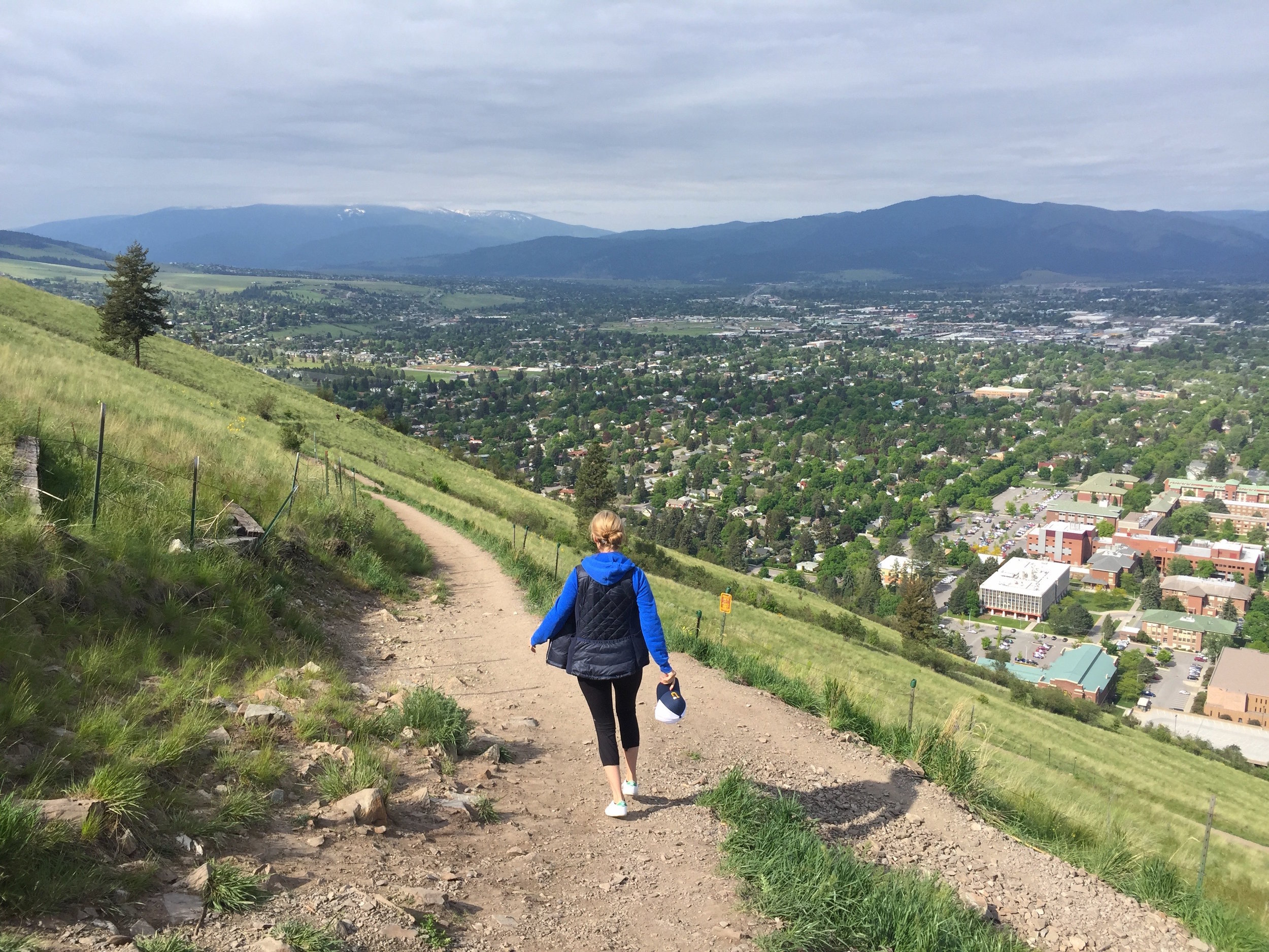 The hour-long hike gently zigzags up the hill, making the trail ideal for an easy-breezy climb or a heart-racing run.