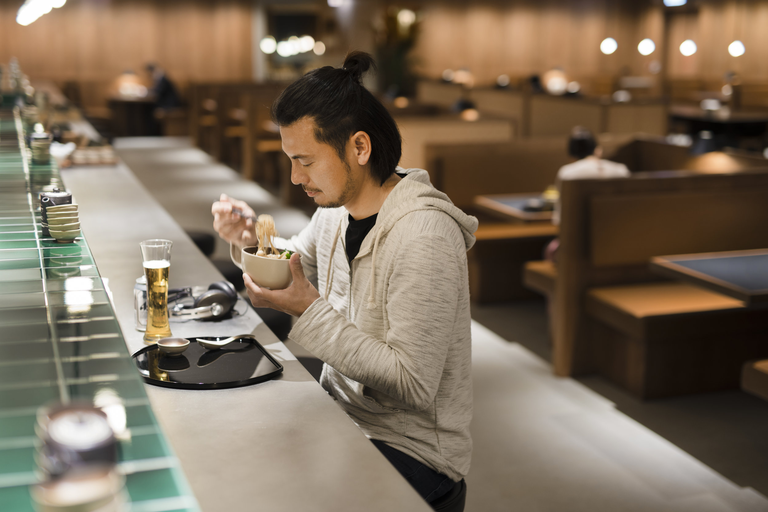 The Noodle Bar is a much-loved Cathay lounge 'darling' for its made-to-order noodles. Frequent flyers know their order before they even arrive, and place it as soon as they get there.