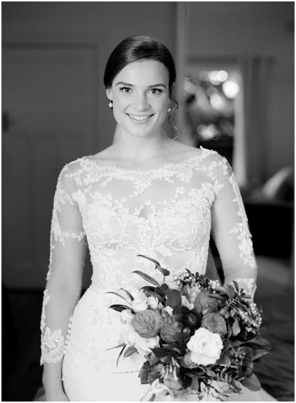 Mr Edwards Photography Sydney Amelia and Ian Black wattle bay wedding_1598.jpg
