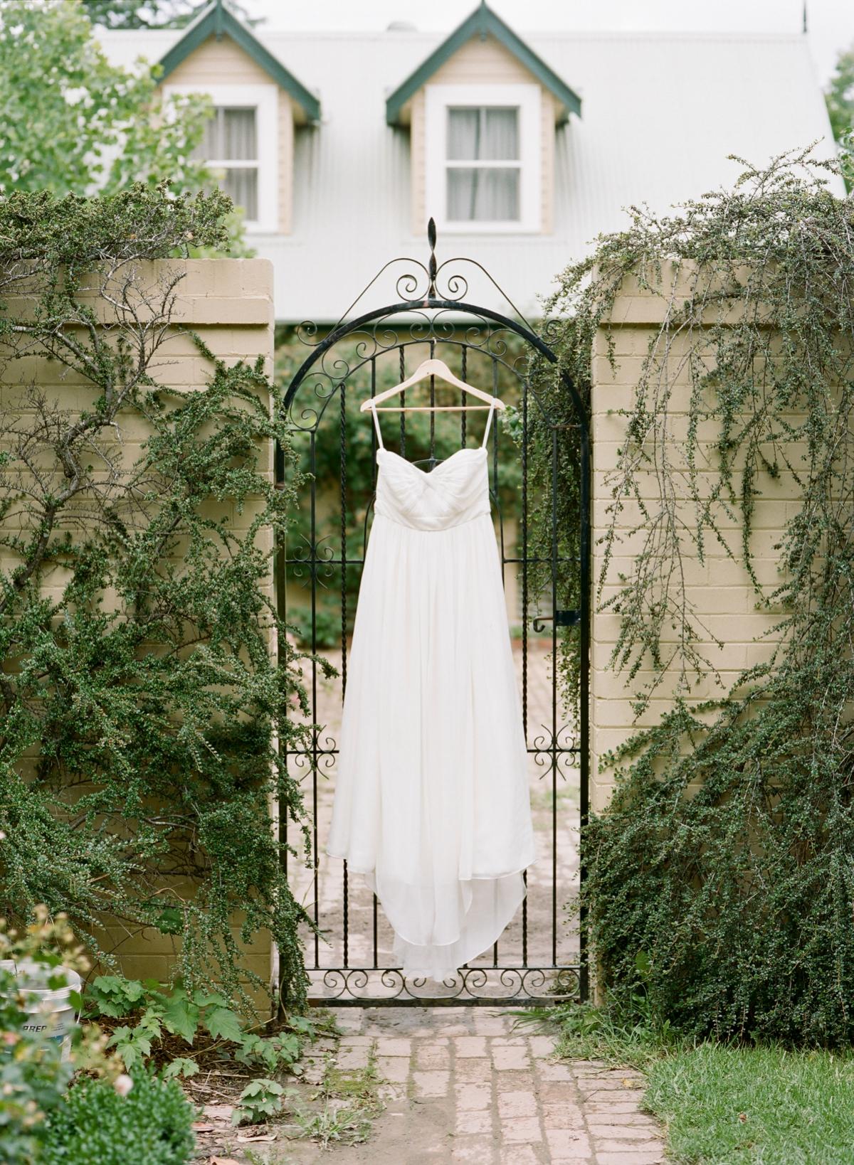 Monterose berry farm wedding by Mr Edwards Photography_0716.jpg