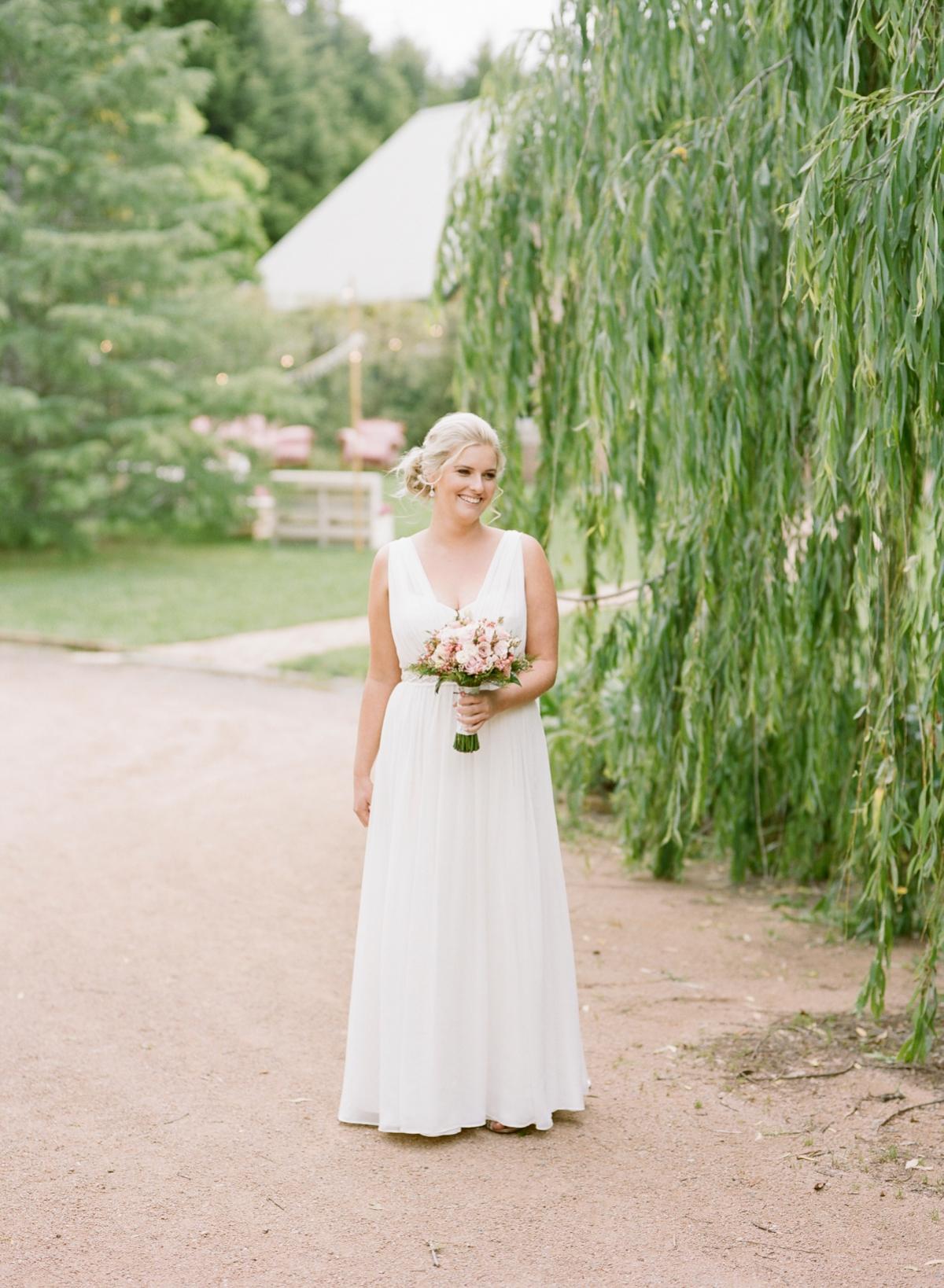 Monterose berry farm wedding by Mr Edwards Photography_0720.jpg