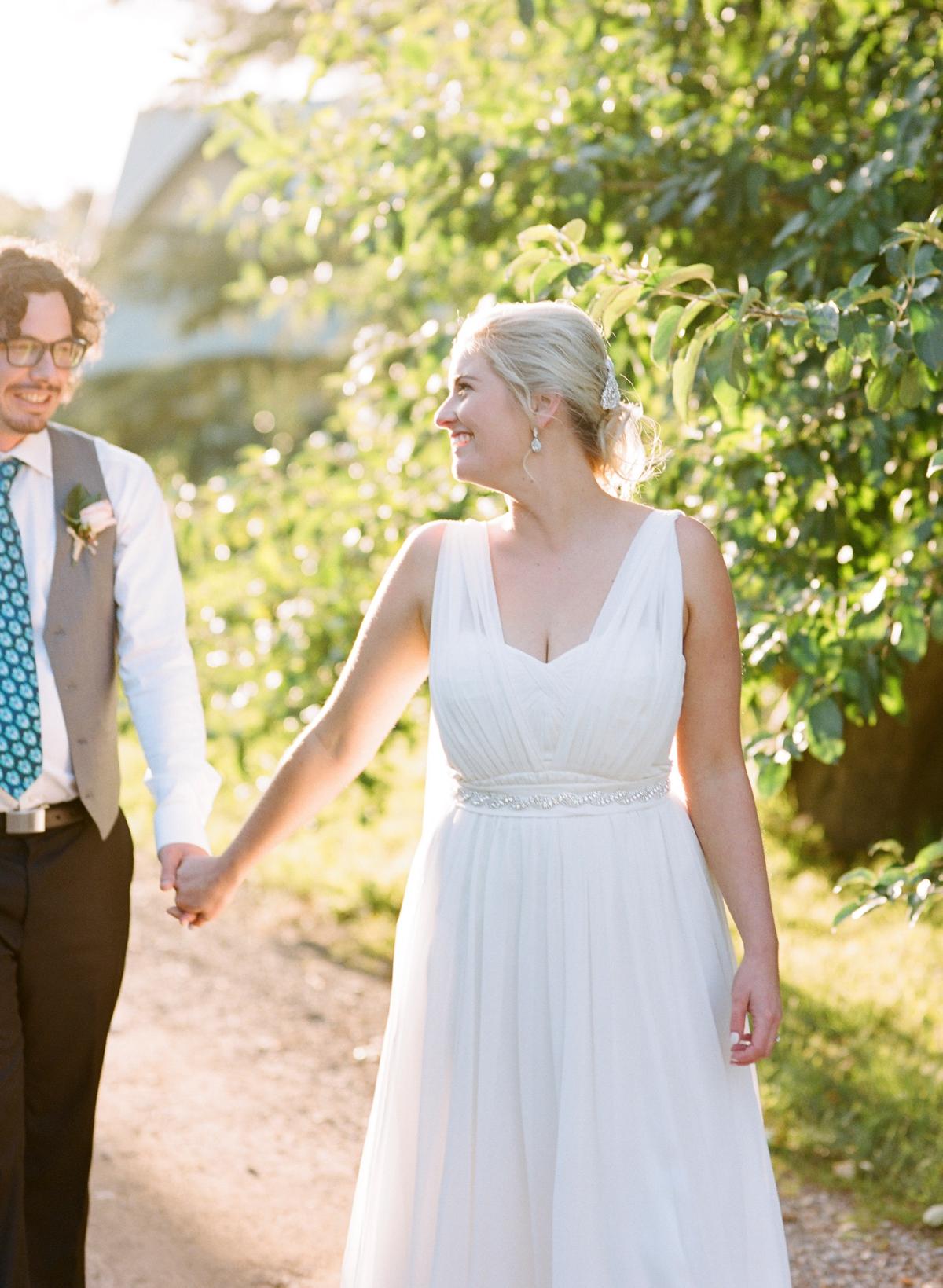 Monterose berry farm wedding by Mr Edwards Photography_0738.jpg