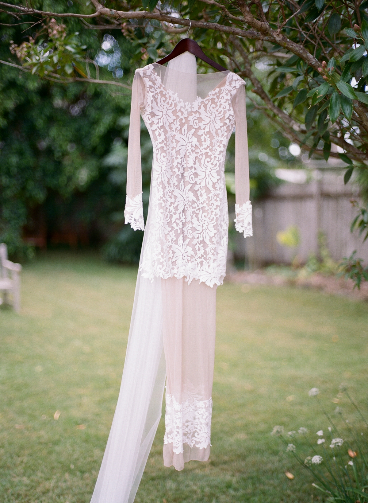 Australian bohemian Garden Wedding by Mr Edwards Photography_1244.jpg