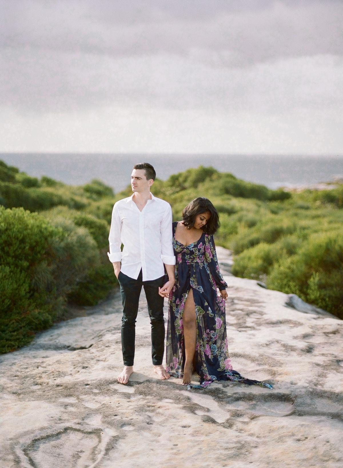 Coastal Sydney couples session by Mr Edwards Photography_0737_1110.jpg