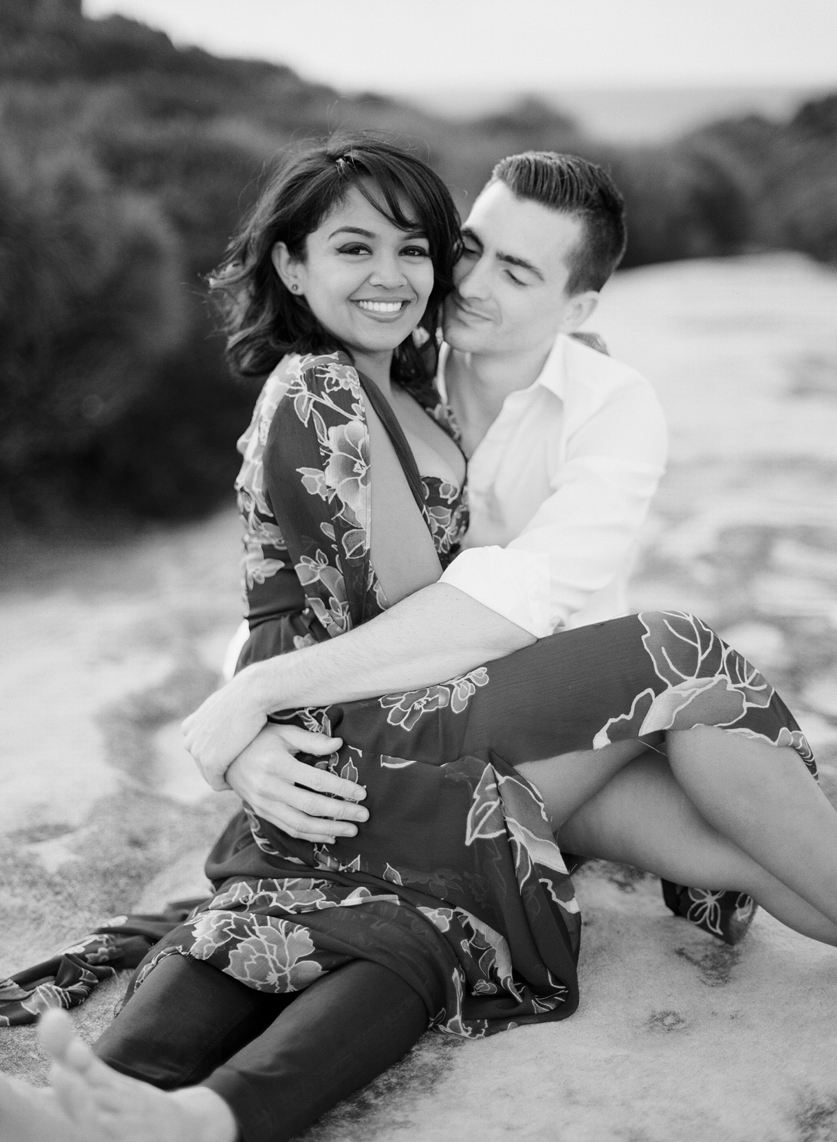 Coastal Sydney couples session by Mr Edwards Photography_0737_1119.jpg