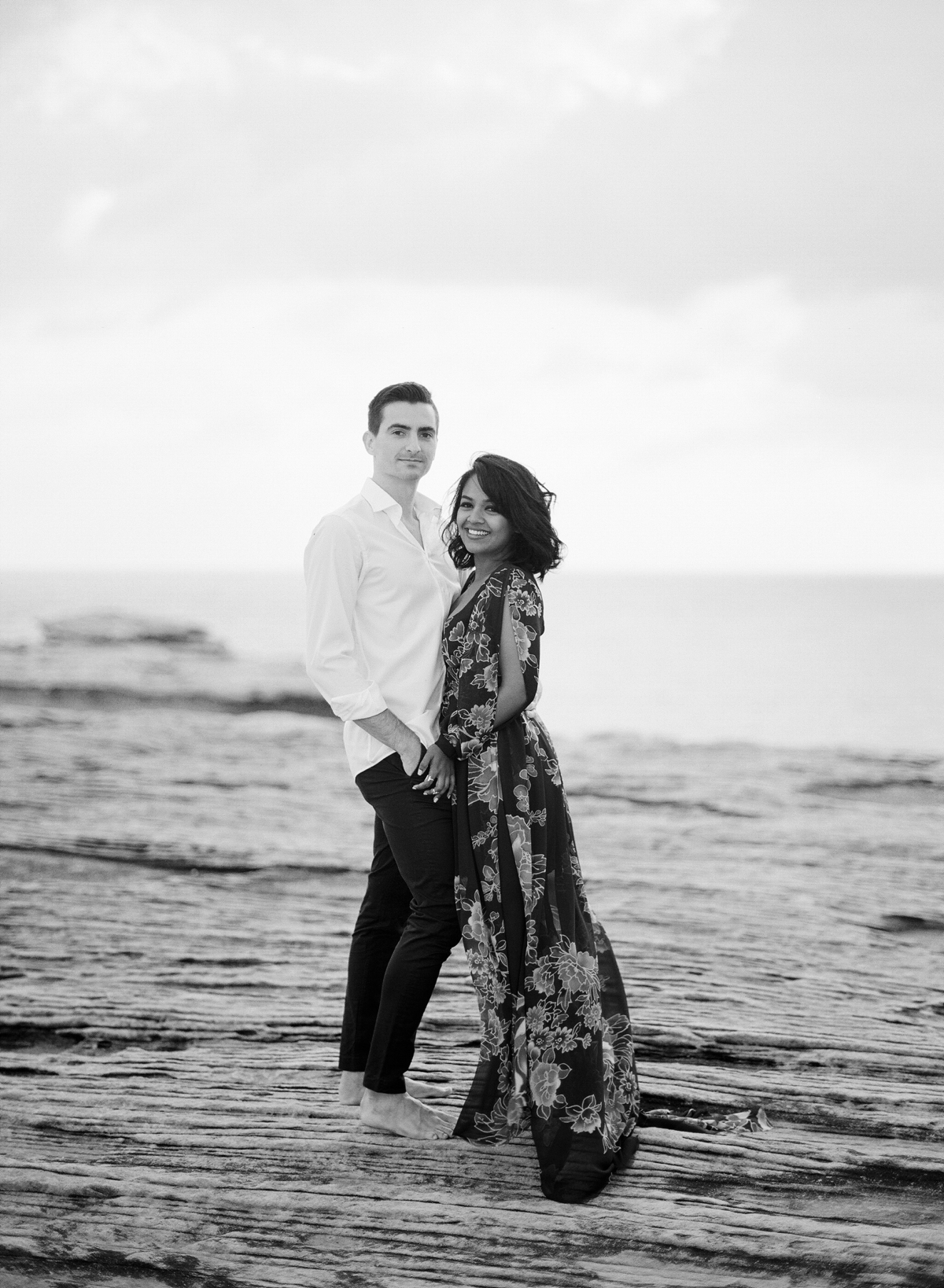 Coastal Sydney couples session by Mr Edwards Photography_0737_1175.jpg