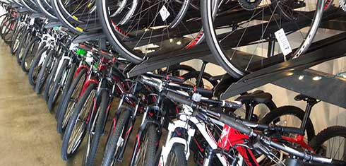 Maui mountain bike riders have no shortage of bike rental options.