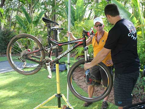 Mountain bike repairs performed by West Maui Cycle bike mechanic at TriLanai triathlon.