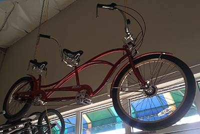 Maui tandem bike rental, the Electra Hellbetty at West Maui Cycles in Lahaina.