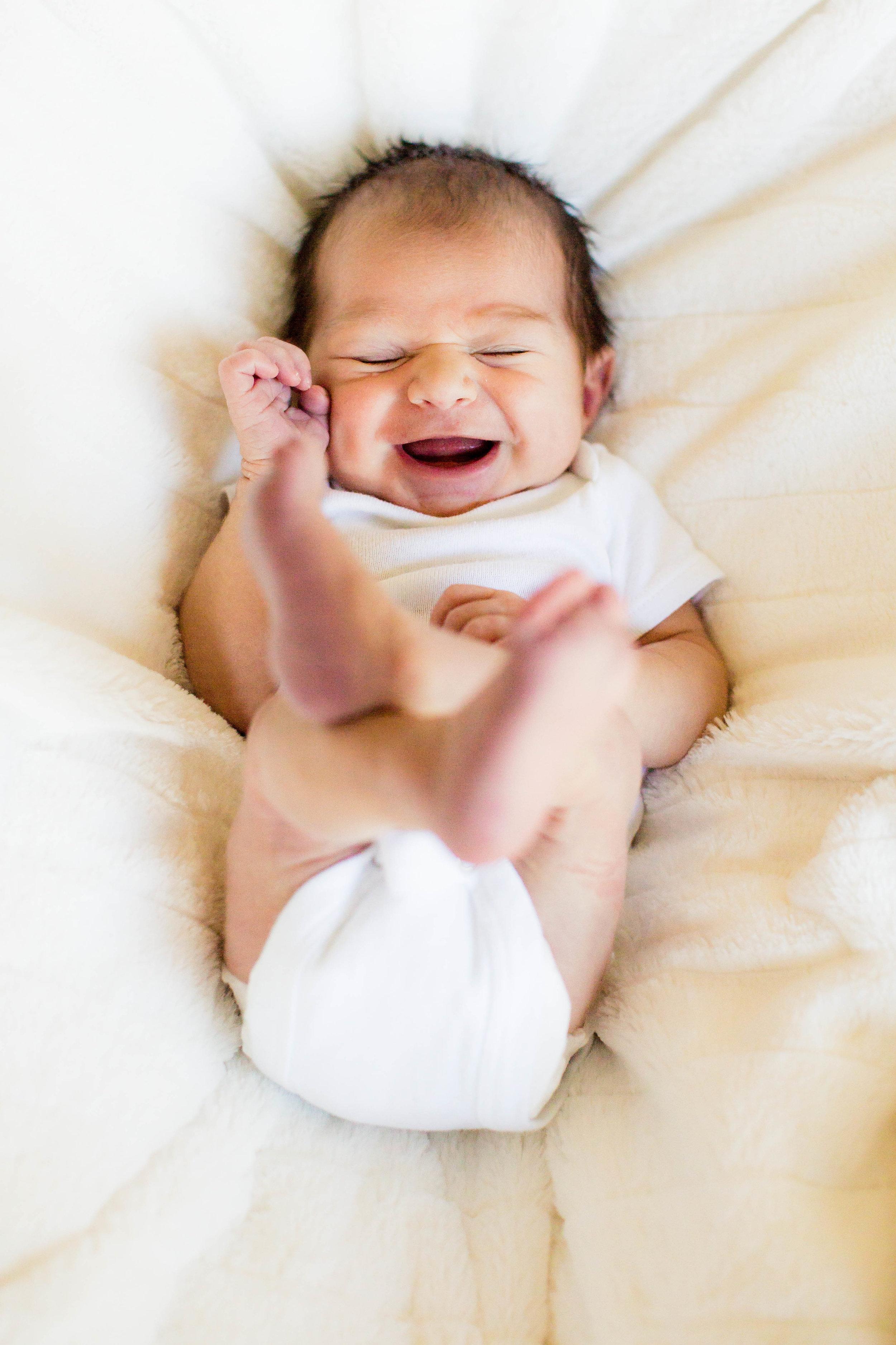 Wyatt Newborn -3.jpg