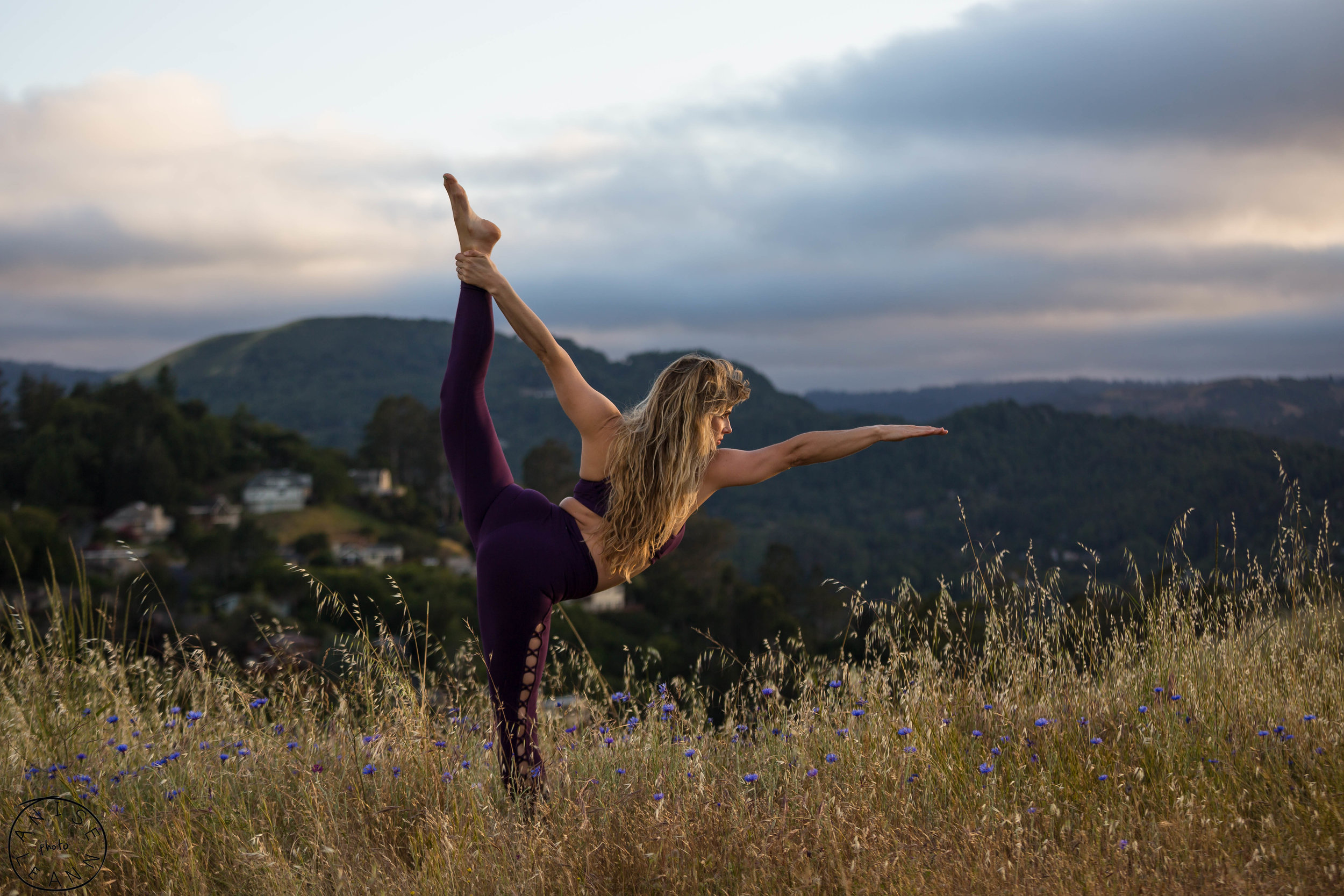 erika yoga -17.jpg